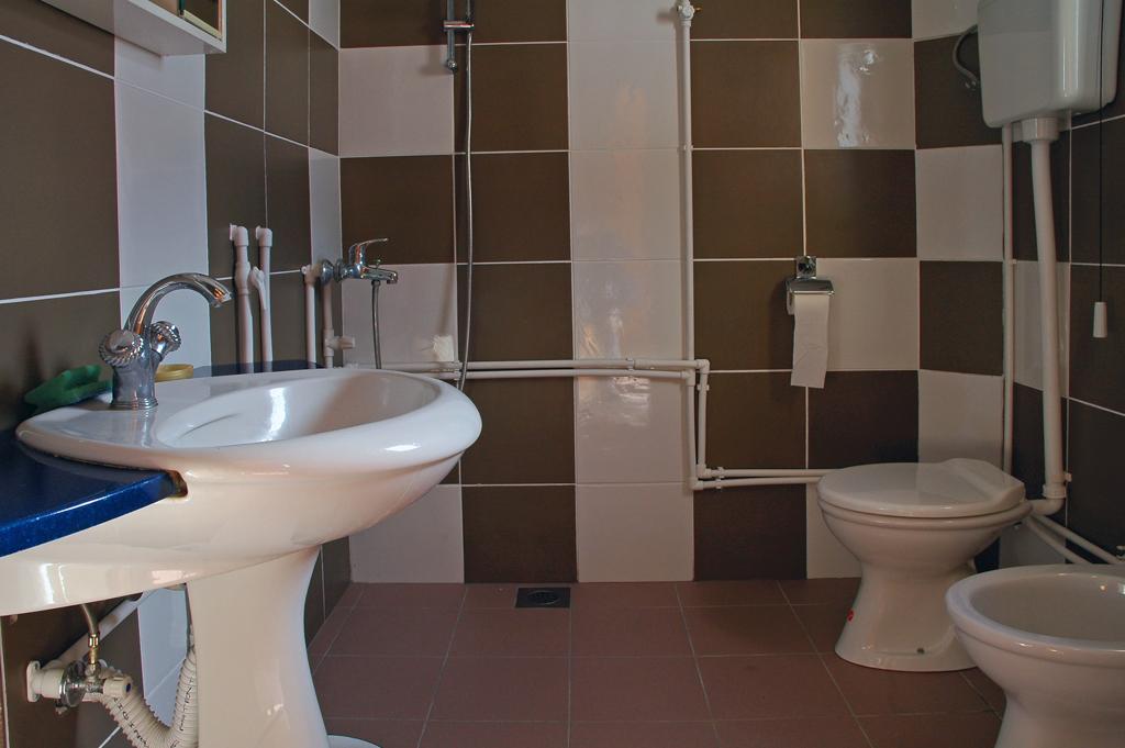 Durmitor Autocamp Razvrsje Bathroom 4